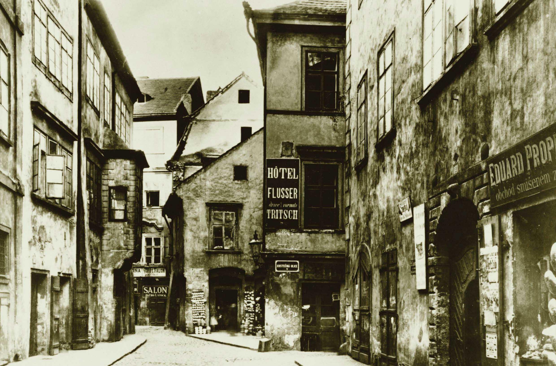 Maisel Street