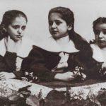 Kafkovy sestry v roce 1898